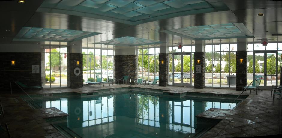 Holiday Inn Macon Pool